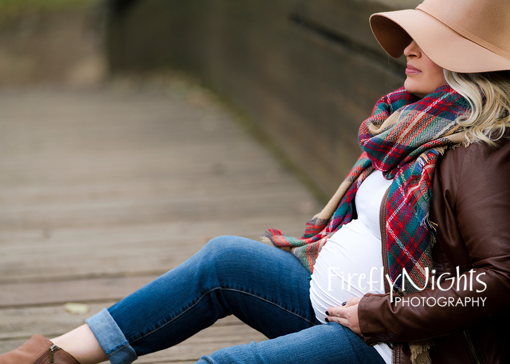 Downers Grove maternity photographer